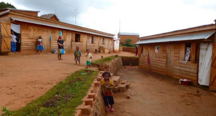 Les maisons Pré-casa de l'association ASA à Madagascar